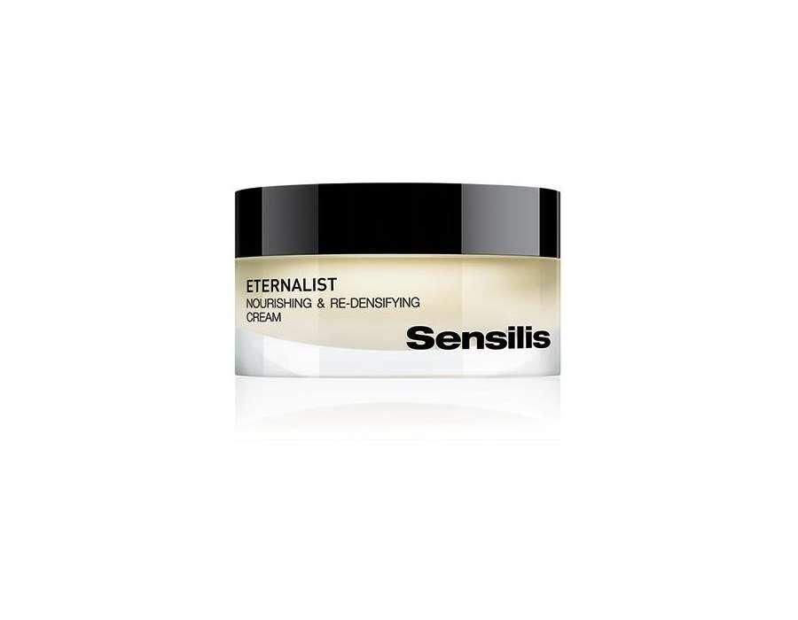 Kosmetyki Sensilis antidotum na pierwsze oznaki menopauzy u kobiet