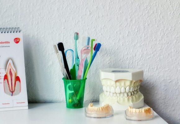 Warto dbać o higienę jamy ustnej